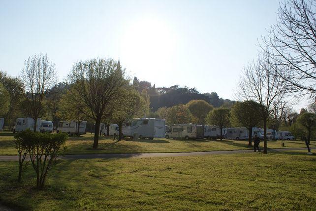 CAMPING AU BORD DE LOIRE, GENNES