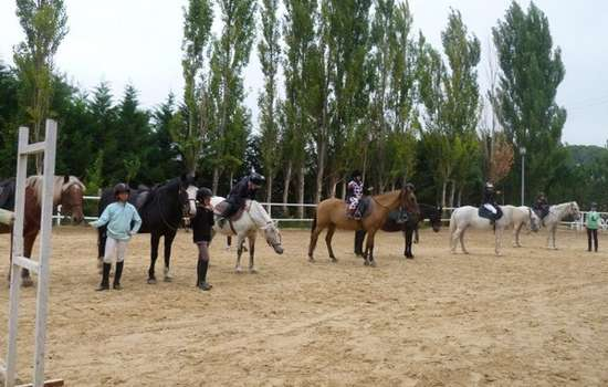 CENTRE EQUESTRE PONEY CLUB DE GINESTAS