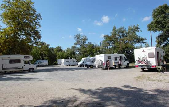 AIRE-CAMPING-CARS-LIMOUX