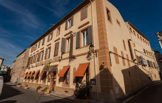 Grand hotel Moderne et pigeon-Limoux_14