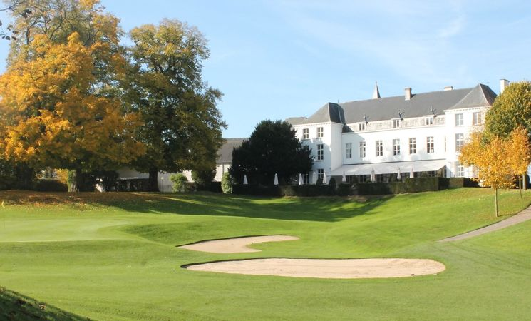Golf Château de la Tournette - Clubhouse from Hole 18 - Automn