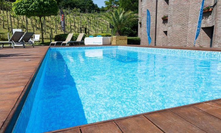 Nivelles sud piscine externe
