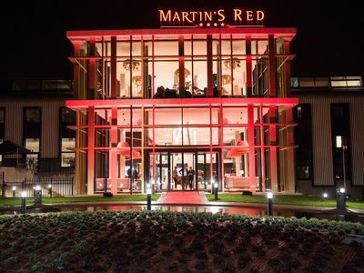 Martin's Red