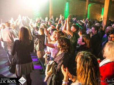 Guinness Celtic Rock Festival in de hoeve van Mont-Saint-Jean