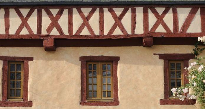 en suivant yann maison pans de bois crtb-ac2610_LE-GAL-Yannick