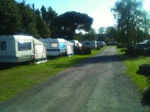 Camping-Les-Mielles-Lancieux-emplacements-caravanes