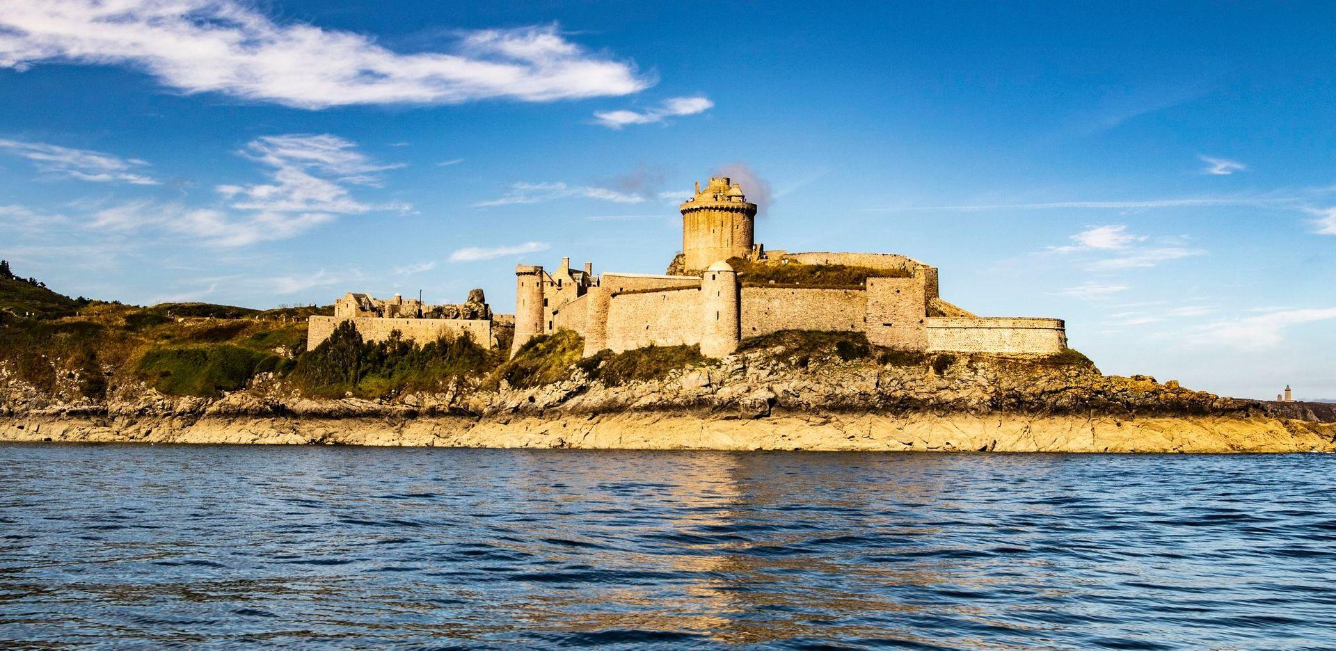 Fort La Latte 49eme Parallele