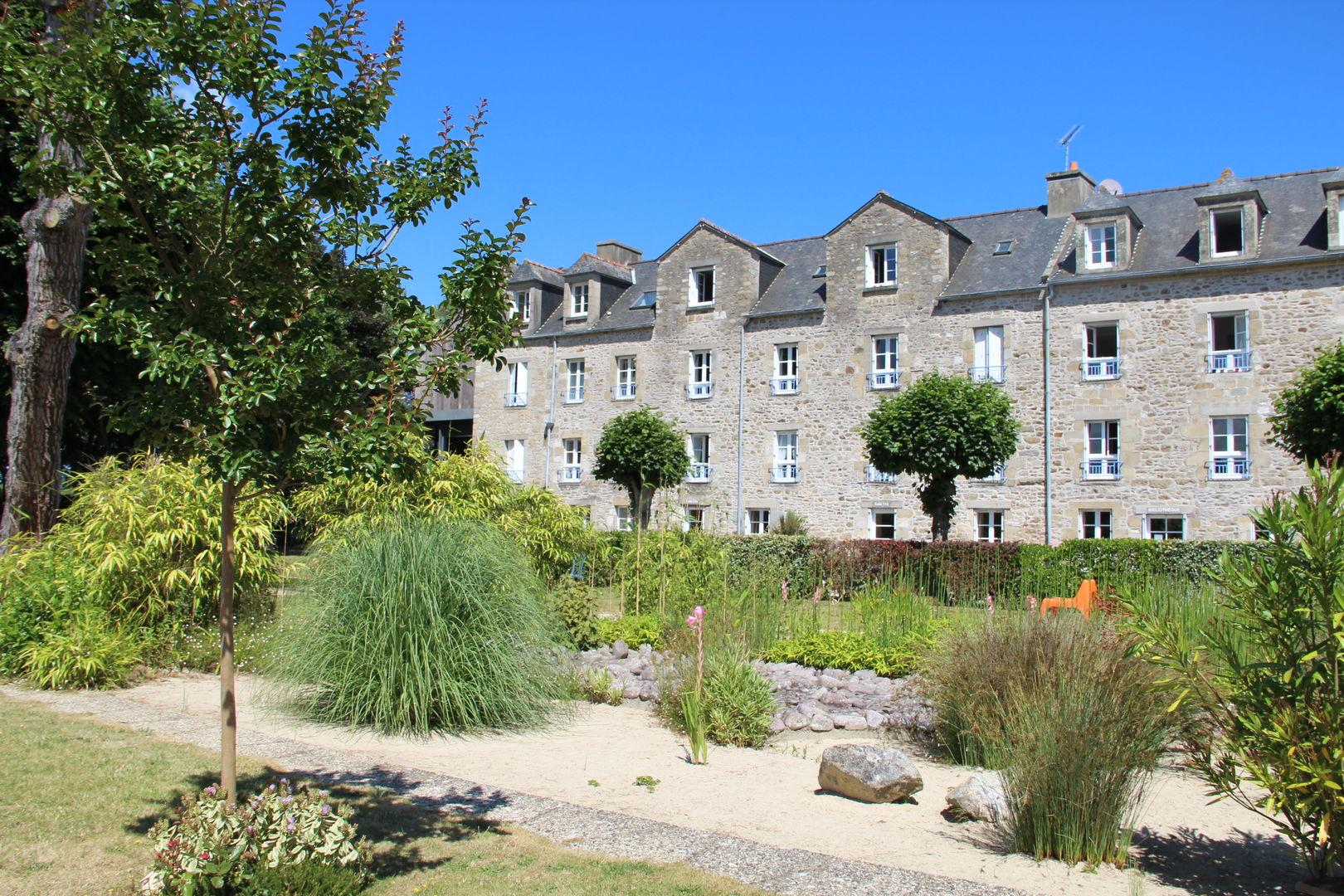 17 - VILL - St Jacut - Abbaye 3