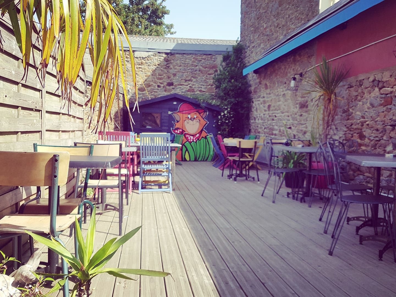 Bar_le_1701_Saint-brieuc_terrasse