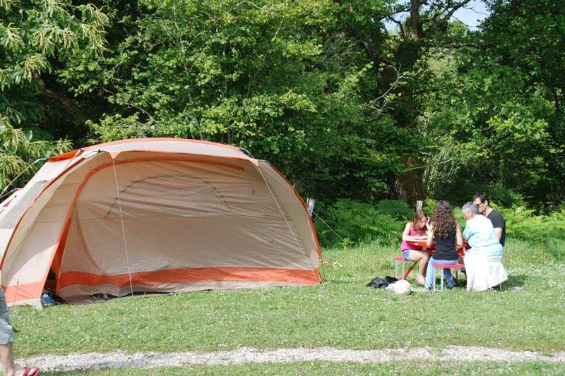 Aire-Naturelle-de-Camping-Le-Bois-du-Barde-17