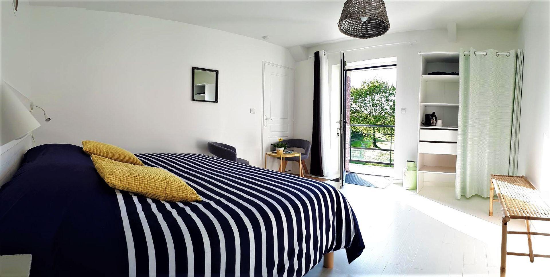Chambres---La--Fontaine-de-Resnel---chambre-2---Frehel---2018