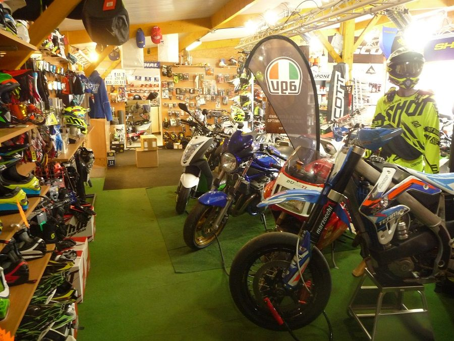 Motoculture_Trieux_magasin4