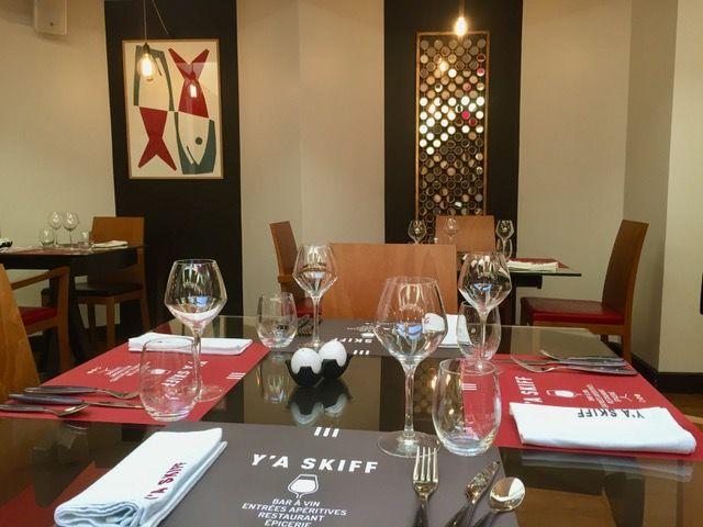 restaurant_y_a_skiff_Saint-Brieuc_table