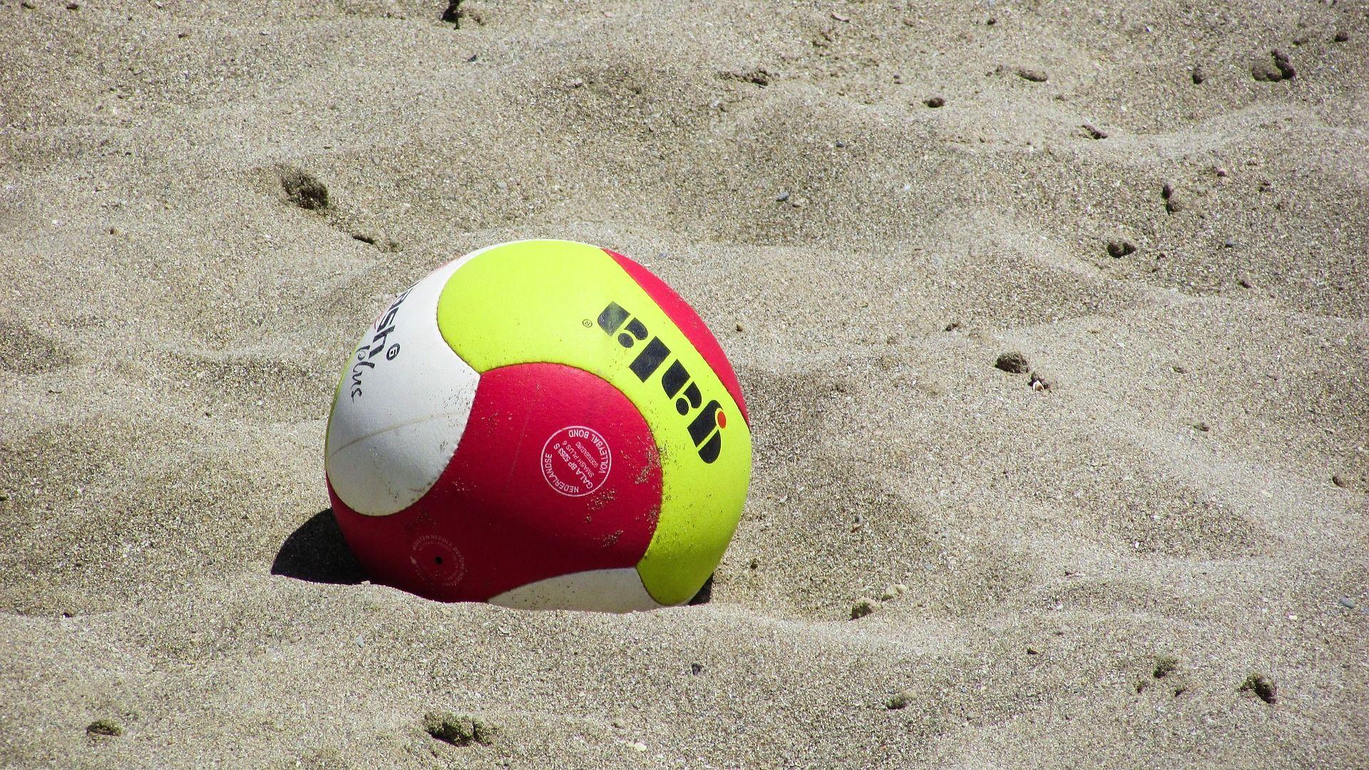 beach-volley-1538932-1920