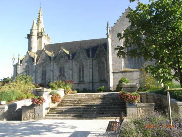 église louargat