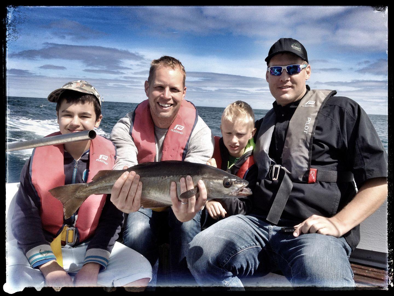 Pêche en mer famille