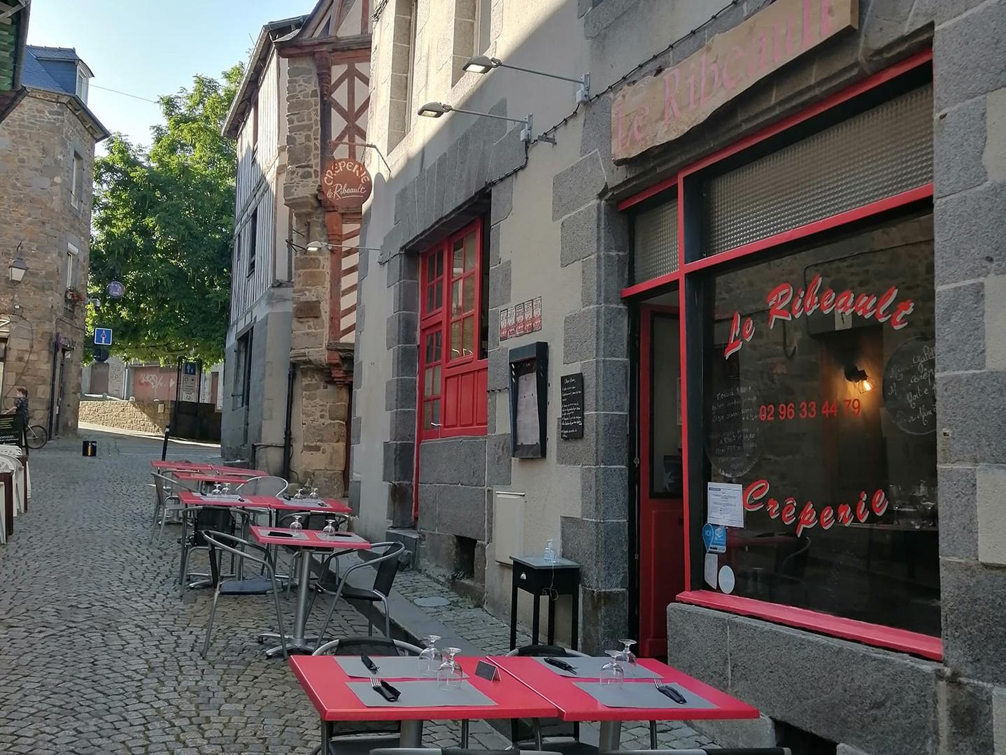 Creperie_Le_Ribeault_Saint-brieuc_terrasse