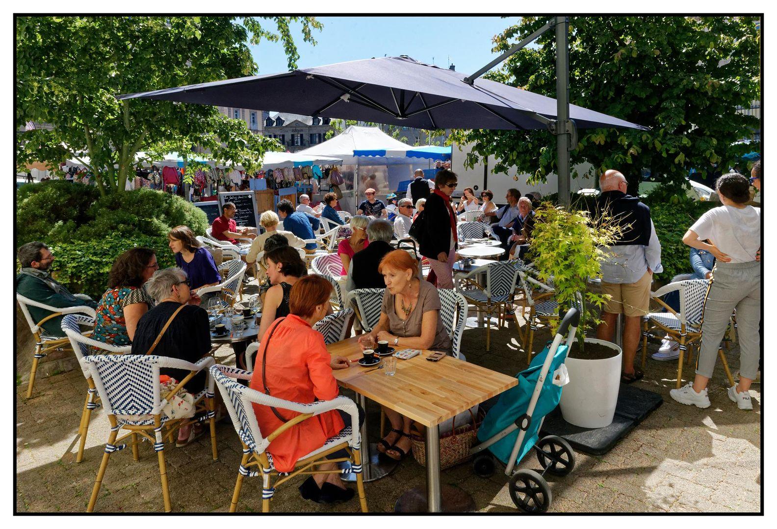 bar_restaurant_le_père_moustache_saint-brieuc_terrasse