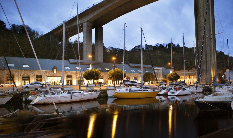 port_Legue_de_nuit