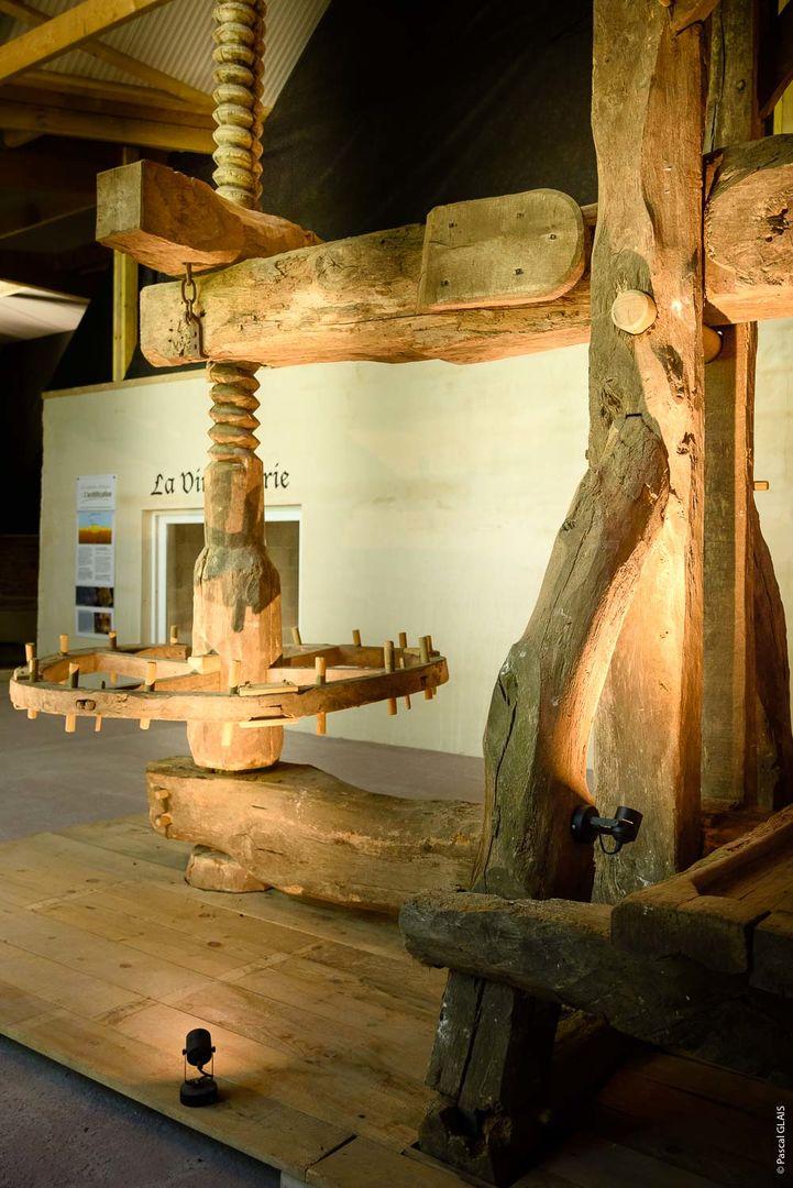 pressoir-longue-etreinte-Musee-du-cidre-PleudihenRance