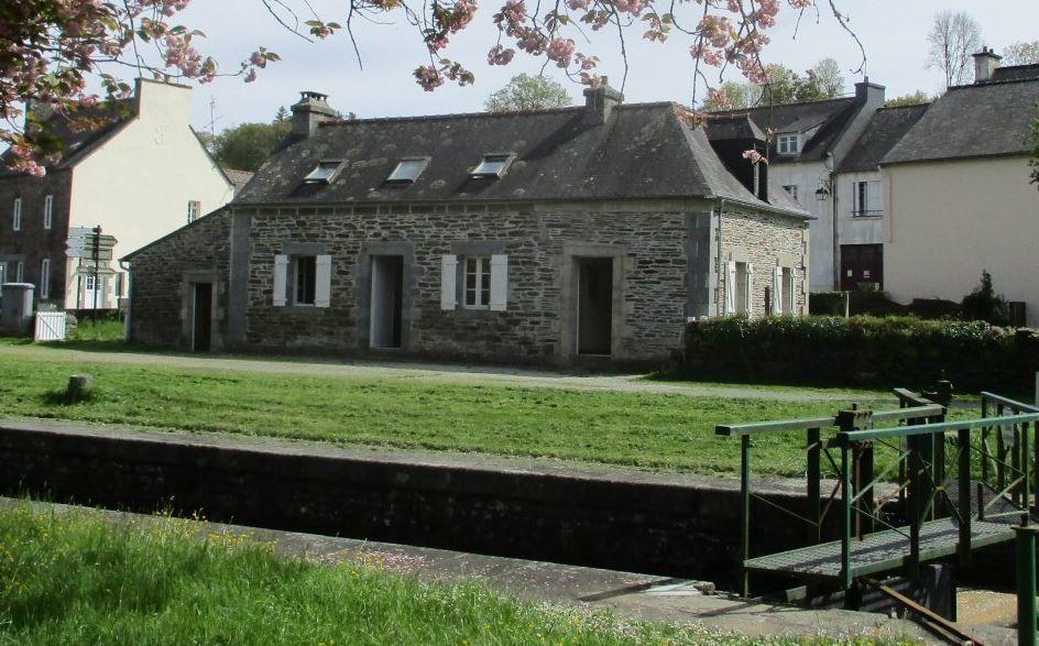 randogite-maison-eclusiere-Gouarec-2