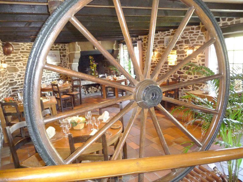 RestaurantLaVieilleBraise-Lanvallay-2017-DCFTourisme