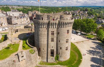 Château de Dinan - Tour Palais des Ducs de Bretagne