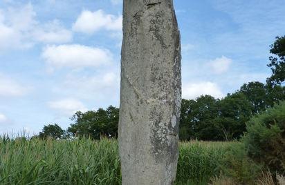 Menhir de la Roche-Longue