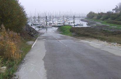 Cale du port de plaisance de Plouër-sur-Rance