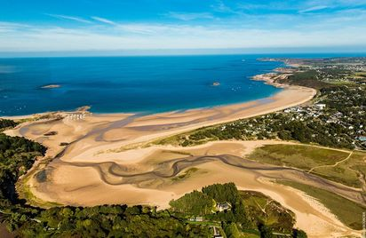 Flèche dunaire à Sables d'Or les Pins