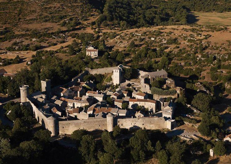 La Couvertoirade, cité templière et hospitalière du Larzac (Aveyron)