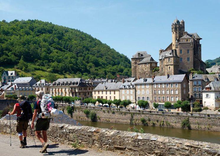 Un village étape sur les chemins de St-Jacques (chemin du Puy)