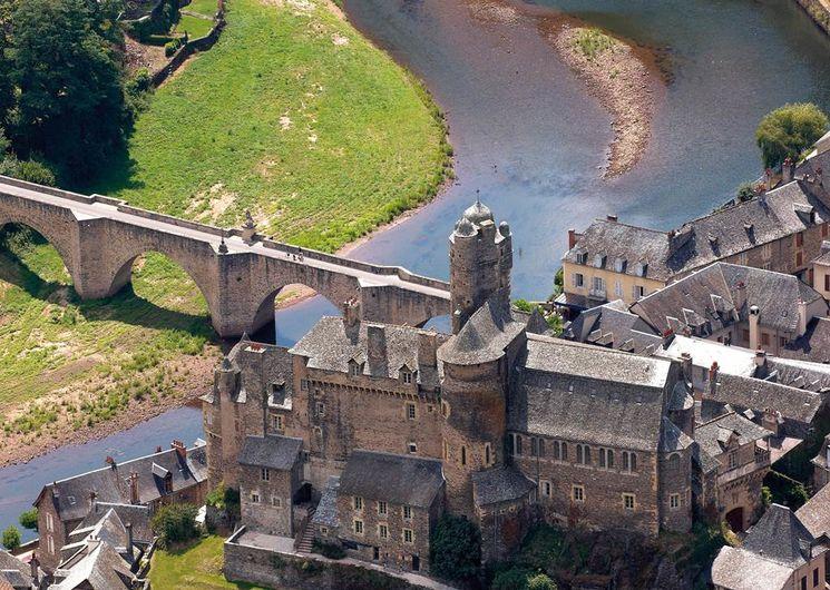 Estaing, le château