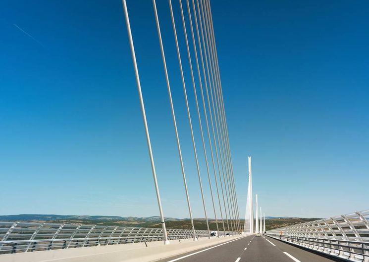 Sur le viaduc de Millau