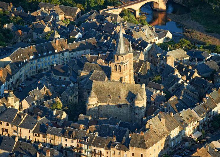 Saint-Côme-d'Olt, dans la haute vallée du Lot