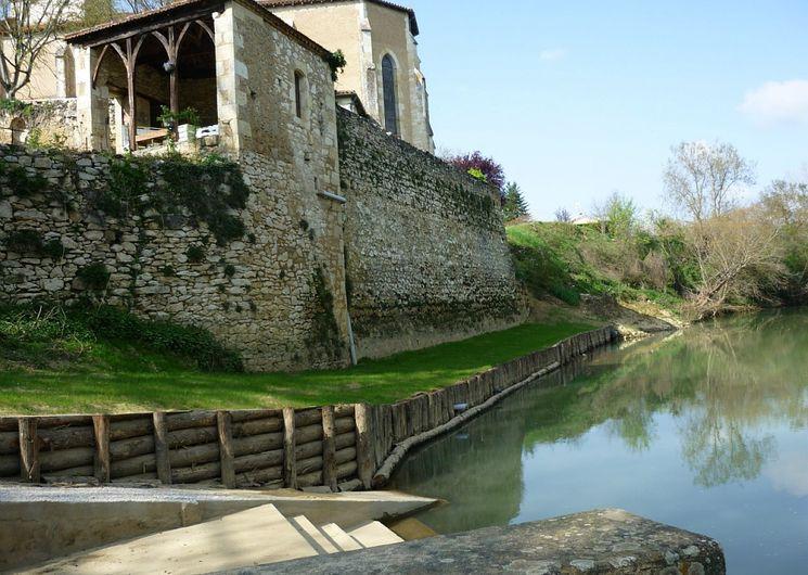 Les Canoes de Beaucaire