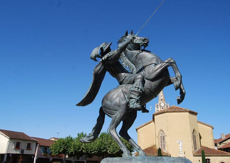 Statue équestre Lupiac