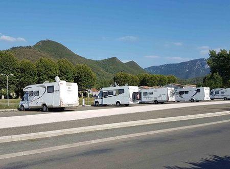 CAMPING-CAR PARK - AIRE DE QUILLAN