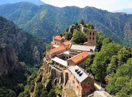 Tour de l'Abbaye Saint-Martin du Canigou