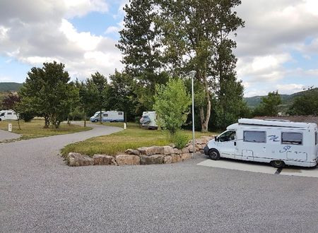 Aire de camping-cars de Sainte-Eulalie de Cernon