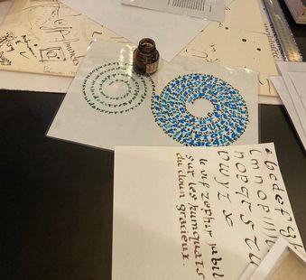 Ateliers de Pratique Artistique Calligraphie à l'AMI
