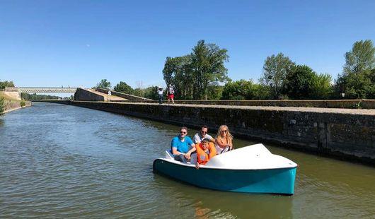 Location de bateaux électriques sur le Canal d'Orléans