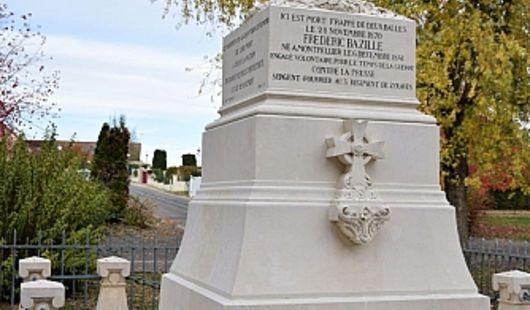 Monument Frédéric Bazille