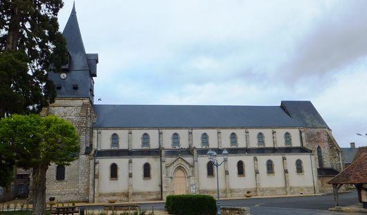 Halle et église Notre-Dame