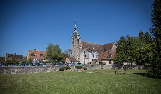 Eglise Saint-Etienne et Saint Pavas