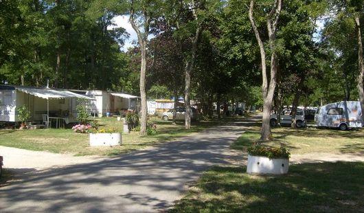 Camping de L'Isle aux Moulins