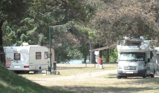 Aire de stationnement pour camping-cars - Les Combles