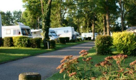 Aire de stationnement pour camping-cars - Les Pâtures