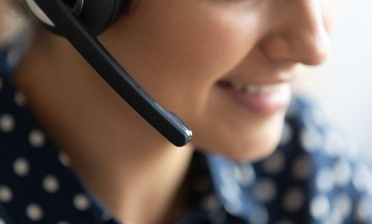 office-tourisme-accueil-vente-en-Ligne-Shutterstock