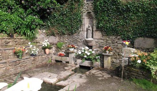Fontaine de la Vierge Noire